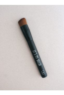 Angle Foundation Brush