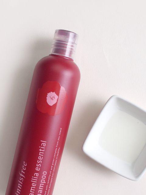 Camellia Essential Shampoo (300ml)